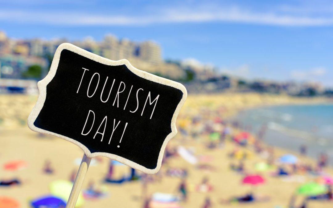 Światowy Dzień Turystyki 2021. Turystyka na rzecz rozwoju sprzyjającego włączeniu społecznemu.